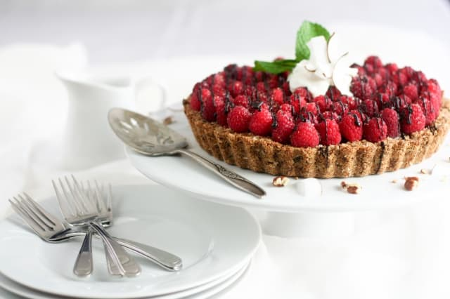 Raspberry Chocolate Pie That's Actually Good For You ...