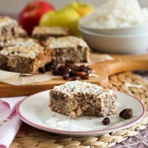 Baked Apple Cinnamon Quinoa Squares