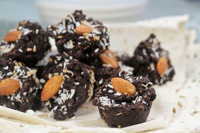 Mini Brownie Wannabe Fudgy Bites - Grain free, of course ...