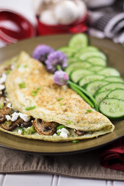 Mushroom, Green Onion and Goat Cheese Egg White Omelet - The Healthy ...