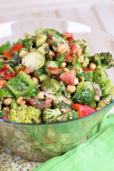 Veggie Overload Chickpea Salad... The Story of Many Cravings • The ...