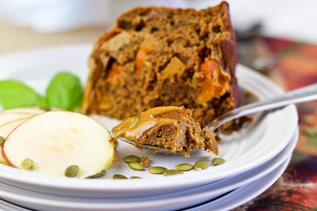 Almost Too Healthy Spicy Apple Pumpkin Bundt Cake | by Sonia! The Healthy Foodie