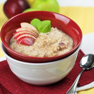 Fluffy Apple Cinnamon Egg White Oatmeal
