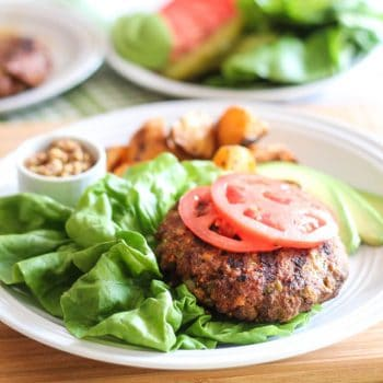 Bunless Hamburger [aka Super Tasty Beef Patties with all the fixin's]