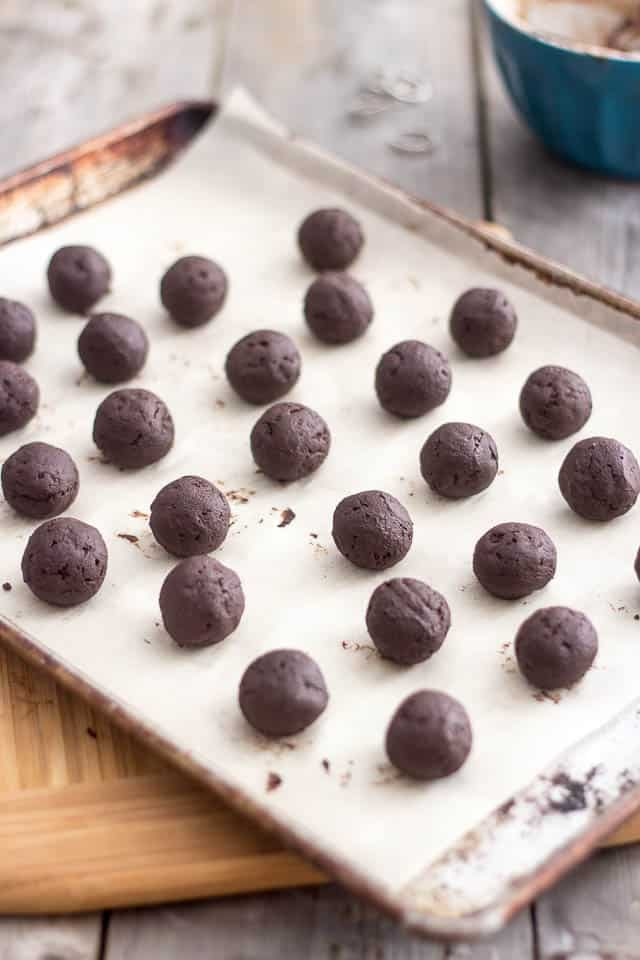 Paleo Dark Chocolate Truffles | by Sonia! The Healthy Foodie