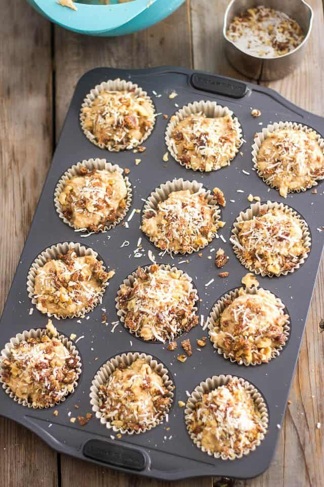 Paleo Banana Walnut Muffins | www.thehealthyfoodie.com