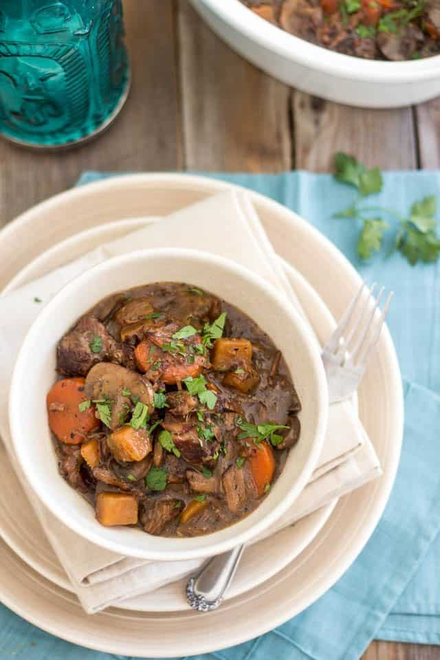 Squeaky Clean Slow Cooker Beef Bourgignon | thehealthyfoodie.com