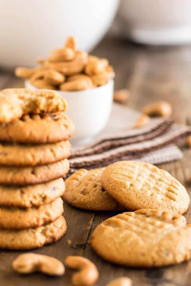 Roasted Cashew Butter Cookies