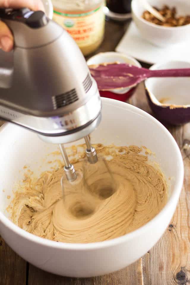 Roasted Cashew Butter Cookies   thehealthyfoodie.com