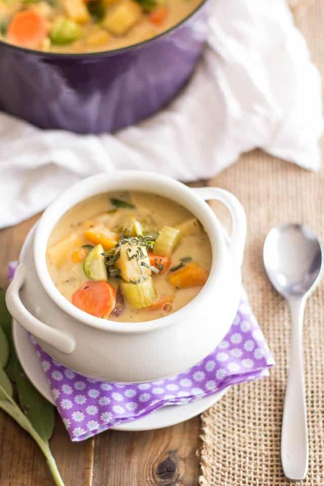 Non-Dairy Creamy Vegetable Soup | thehealthyfoodie.com