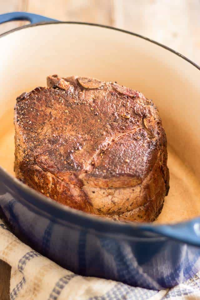 Maple Balsamic Braised Cross Rib Roast | thehealthyfoodie.com