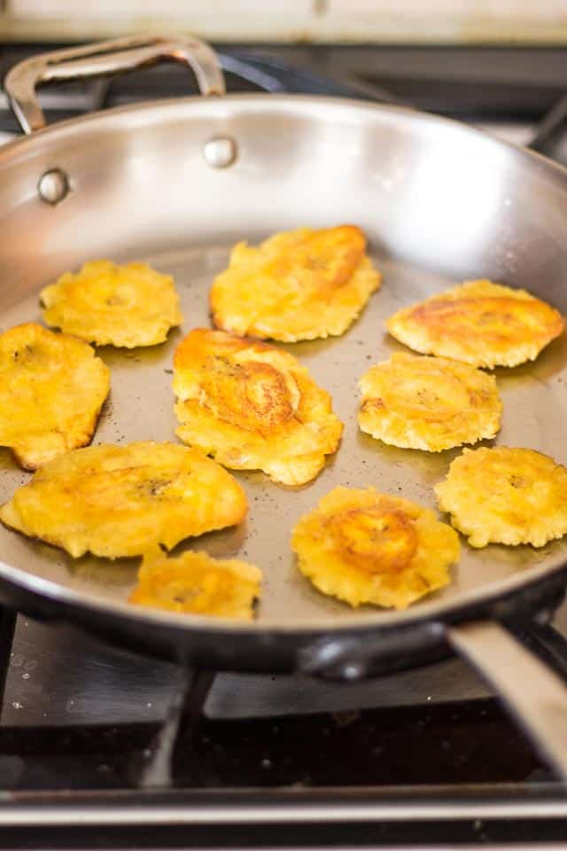 Tostones | thehealthyfoodie.com