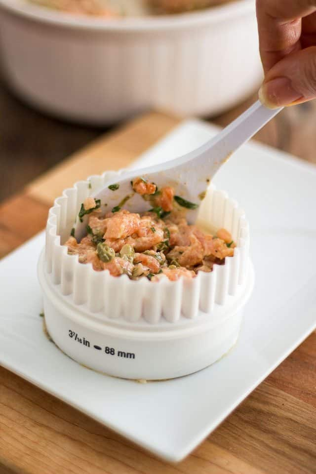 Two-Salmon Tartare | thehealthyfoodie.com