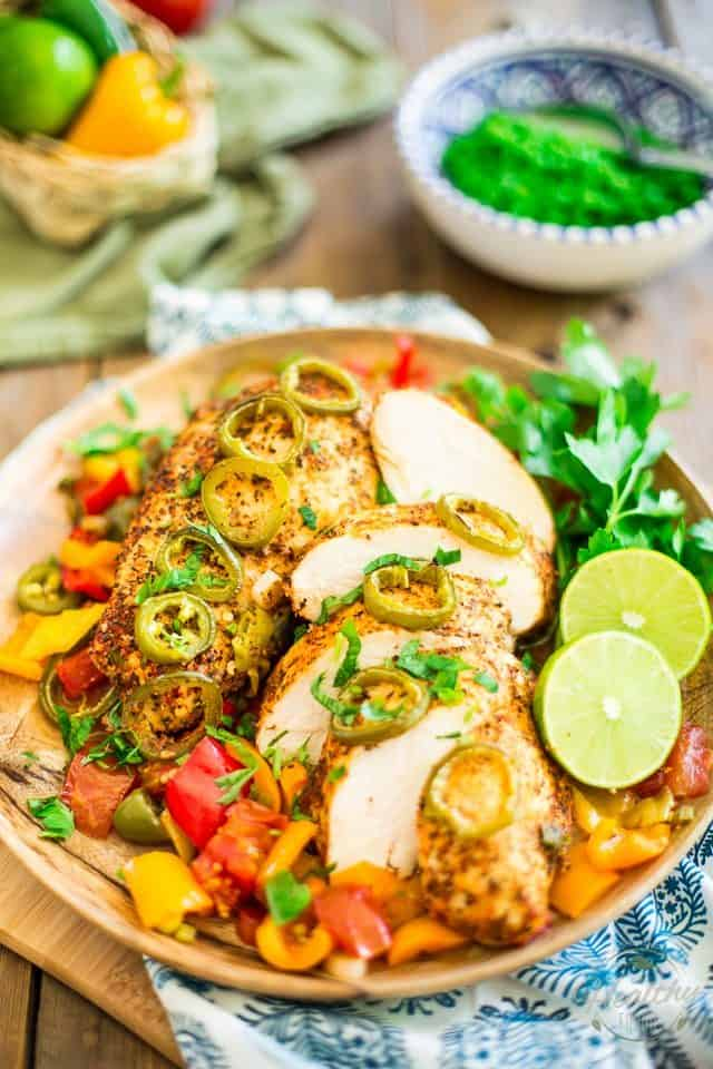 Mediterranean Chicken | thehealthyfoodie.com