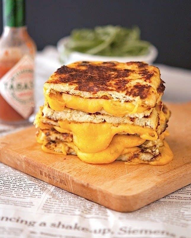 Cauli-Crust Grilled Cheese | theironyou.com