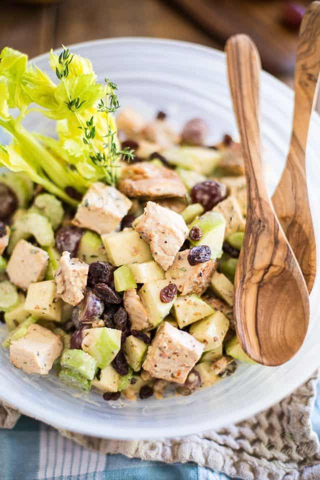 Waldorf Salad | thehealthyfoodie.com