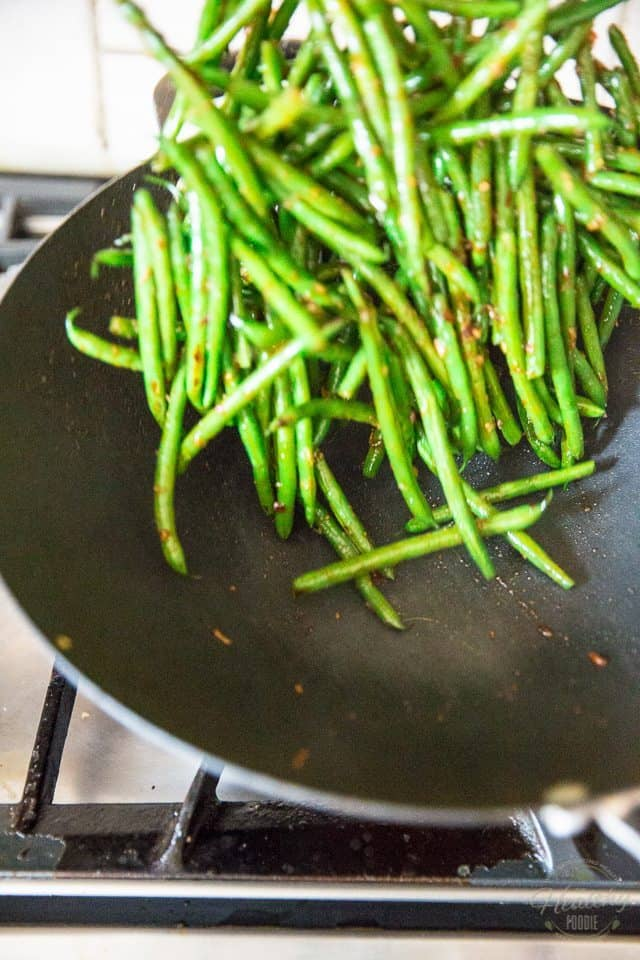 Garlic Sesame Green Beans • The Healthy Foodie