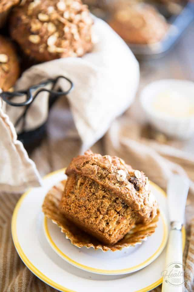 Raisin Oatmeal Muffins | thehealthyfoodie.com