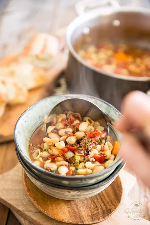 Quick & Easy Pasta e Fagioli Soup by Sonia! The Healthy Foodie | Recipe on theheatlhyfoodie.com