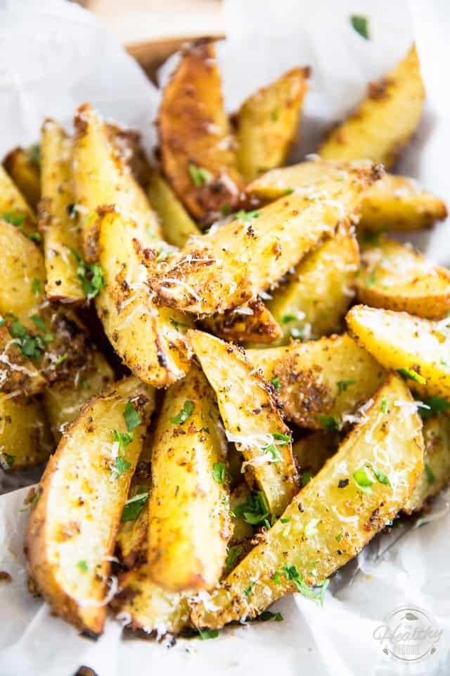 Oven baked garlic parmesan potato wedges the healthy foodie