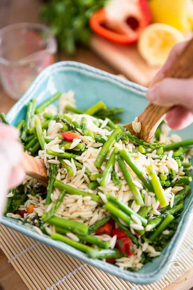 Lemony Asparagus Orzo Salad by Sonia! The Healthy Foodie | Recipe on thehealthyfoodie.com