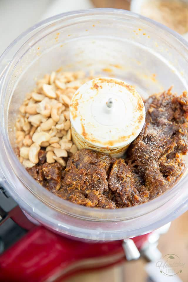 Cashew Coconut Larabites by Sonia! The Healthy Foodie | Recipe on thehealthyfoodie.com