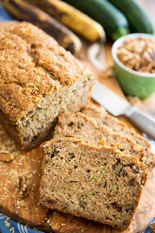 Zucchini Banana Bread by Sonia! The Healthy Foodie | Recipe on thehealthyfoodie.com