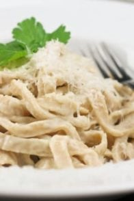 Healthy Fettuccini Alfredo | by Sonia! The Healthy Foodie