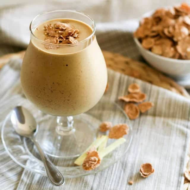Gingerbread Smoothie | by Sonia! The Healthy Foodie