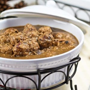 Ragoût de boulettes et de pattes de cochon – Or so it will have you believe…
