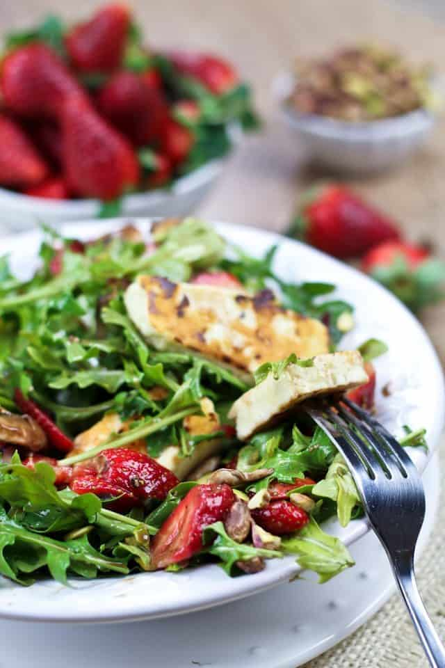 Strawberry Arugula and Grilled Halloumi Salad | by Sonia! The Healthy Foodie