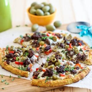 Cauliflower Crust Pizza with Ground Beef and Green Olives