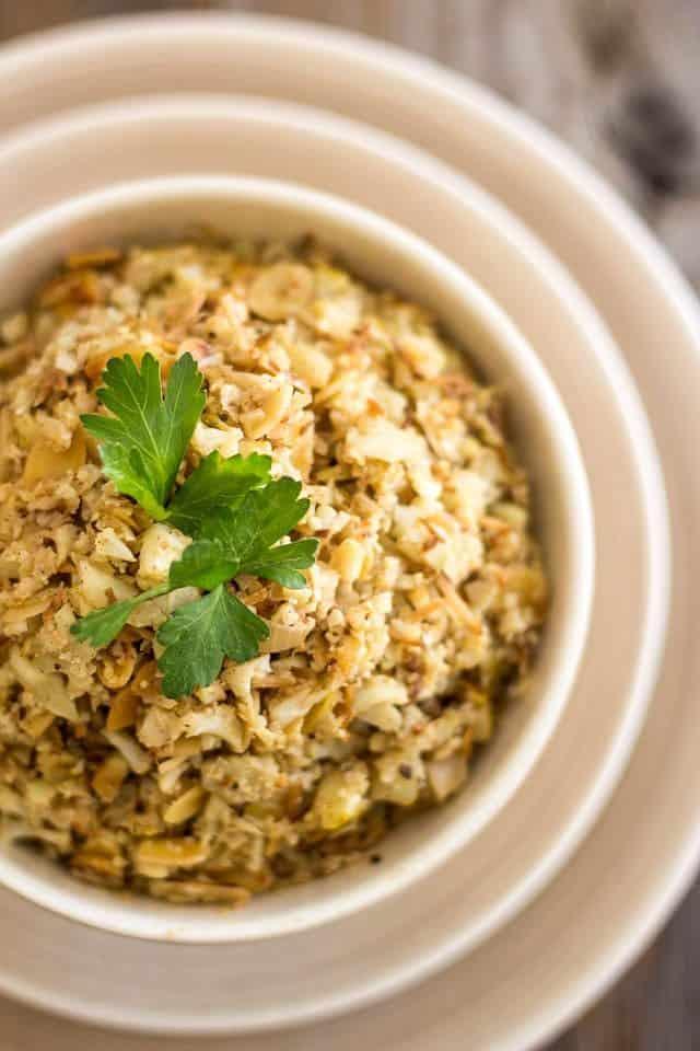 Almond Coconut Cauliflower Rice | www.thehealthyfoodie.com