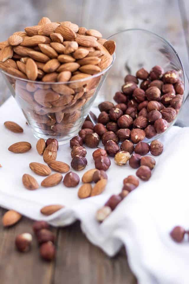 Toasted Almond Hazelnut Butter | www.thehealthyfoodie.com