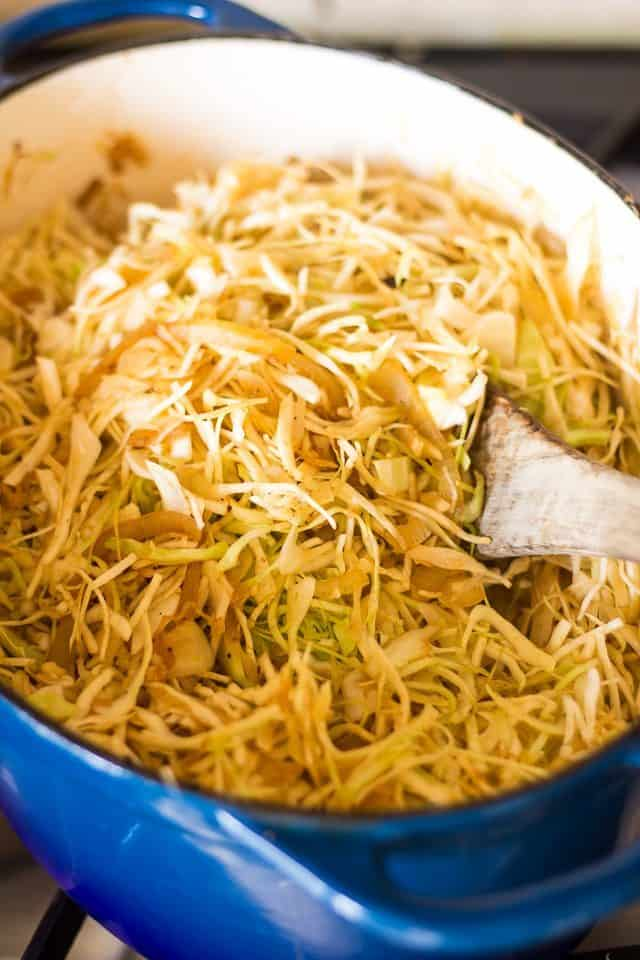 Braised Cabbage | thehealthyfoodie.com