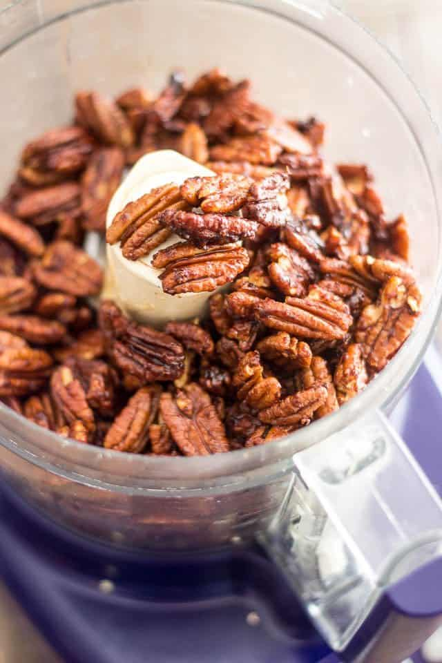Buttered Pecan Pie in a Jar | thehealthyfoodie.com