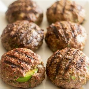 Avocado and Spicy Mayo Stuffed Burger | thehealthyfoodie.com