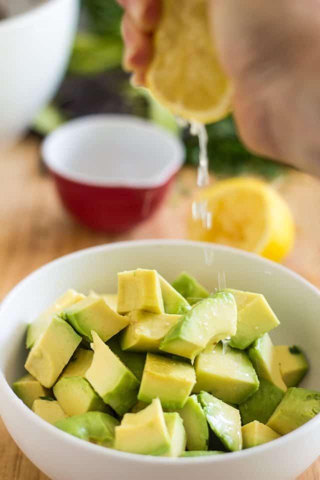 Avocado Cucumber Pistachio Salad | thehealthyfoodie.com