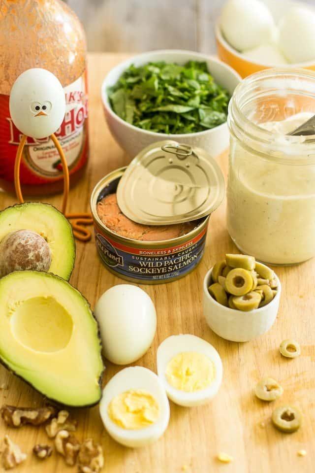 Salmon Avocado Salad | thehealthyfoodie.com