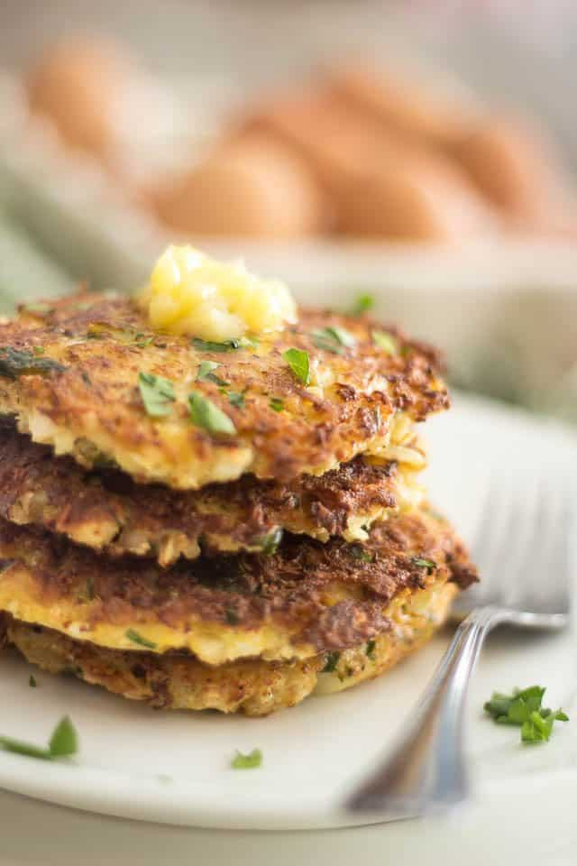 Smoked Bacon Cauliflower Rostis | thehealthyfoodie.com
