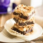 Paleo Date Squares | thehealthyfoodie.com