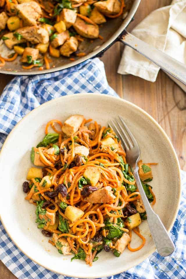 Sweet Potato Chicken Hash | thehealthyfoodie.com