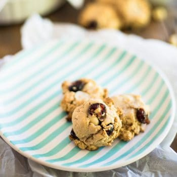 Macadamia Cranberry Cookies | thehealthyfoodie.com
