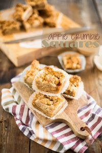 Apple Crumble Squares: Sweet caramelized and pleasantly spiced apple filling in a slightly salty and tender crumble topping.