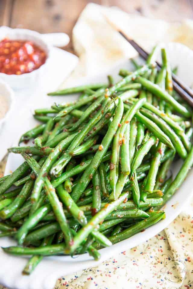 Garlic Sesame Green Beans | thehealthyfoodie.com
