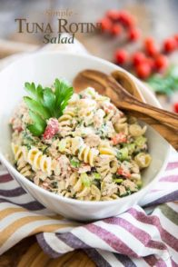 Simple Tuna Rotini Salad | thehealthyfoodie.com