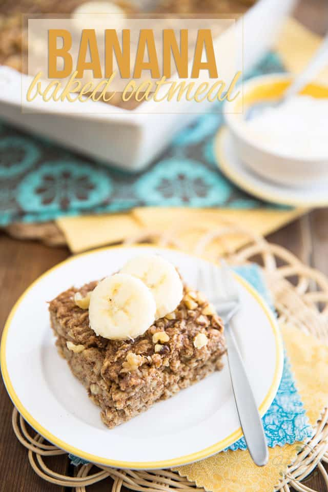 This Banana Baked Oatmeal is nothing but a bowl of oatmeal made portable, that tastes just like banana bread. Perfect breakfast on the go or healthy snack!