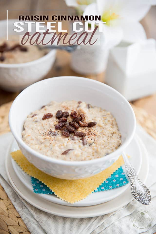Raisin Cinnamon Steel Cut Oatmeal by Sonia! The Heatlhy Foodie | Recipe on thehealthyfoodie.com