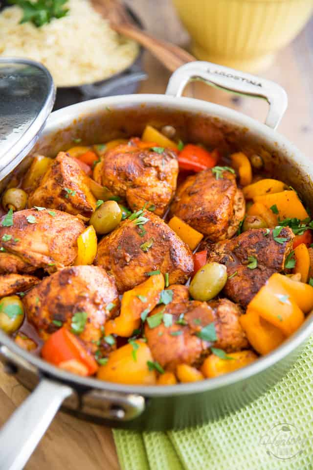 Poulet au Paprika with loads of fresh bell peppers and stuffed green olives. So easy to make, so yummy to eat. Bound to become a family favorite!