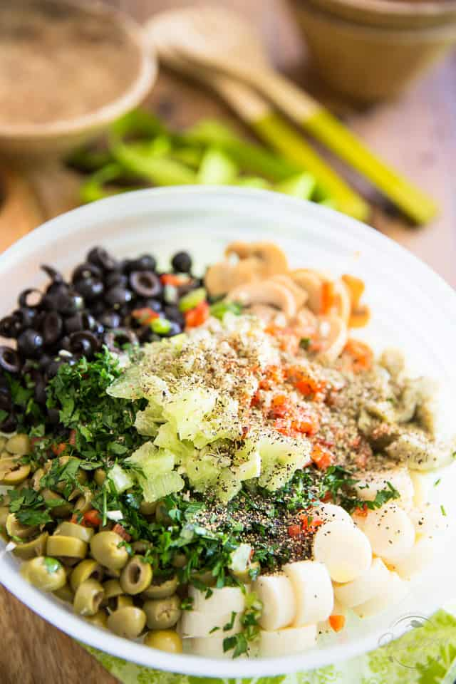 Quick and Easy Loaded Olive Salad by Sonia! The Healthy Foodie | Recipe on thehealthyfoodie.com
